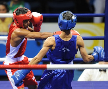 Sparring to learn distance, timing & quick reflexes